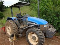 Trator Ford/New Holland TL 65 4x4 ano 01