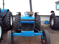 Trator Ford/New Holland 4610 4x2 ano 88