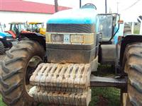 Trator Ford/New Holland TM 120 4x4 ano 00
