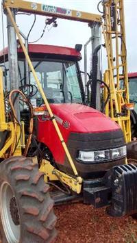 Trator Case Farmall 80 Cabinado 4x4 ano 12