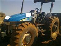 Trator Ford/New Holland tl95 4x4 ano 05
