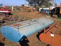Tanque p/deposito água próprio a ser colocado caminhão 7000 L registro agrícola