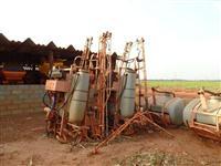 Conjunto de pulverizador jacto albatros 1300 litros eletro eletronico hidraulico