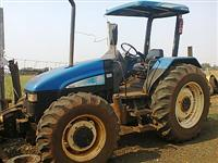 Trator Ford/New Holland TL95 4x4 ano 06