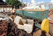 Plantadeira tatu pht 5 Linhas p/ soja milho sorgo trigo trator Massey Ford John