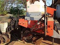 Plantadeira JUMIL plantio direto 9 L pantográfica p/ trator agrícola massey Ford