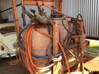 Pulverizador jacto 800 L mexedor barras hidráulicas com motor filtro linha