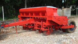 Plantadeira Semeato, modelo PAR 2800, 5 linhas, ano 1999