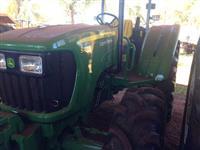 Trator John Deere 5075 E 4x4 ano 15