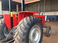 Trator Ford/New Holland TT3840 4x2 ano 04