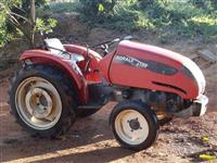 Trator Agrale 4100 4x2 ano 00