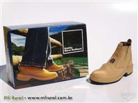 Bota New Holland