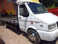 Caminhão  Iveco Daily 7012  ano 05