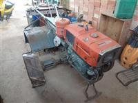 Mini/Micro Trator Tobatta 4x2 ano 95