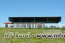 Fazenda com estrutura completa para pecuária na região de Garça/SP