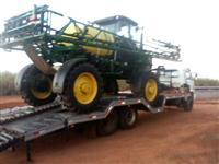 Transporte de máquinários e implementos agrícolas com caminhão prancha