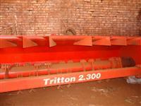 Triton 2.300 marca Jan Zero Sem Uso ano 2012