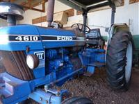 Trator Ford/New Holland 4610 4x2 ano 90