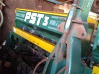 Plantadeira PST3 Tatu 8 Linhas ano 2002