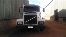 Caminhão  Volvo N10  ano 86