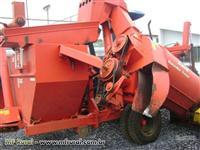 Colhedeira de milho jumil 2 linhas modelo jm390