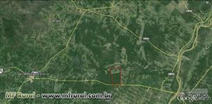 Fazenda com 5190 ha com 7 pivots em funcionamento as margens do Rio Corrente
