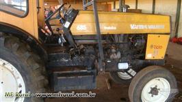 Trator Valtra/Valmet 685 4x2 ano 98