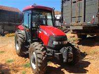 Trator Case Farmal 80 4x4 ano 09
