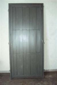 Porta de aço de alta resistência 2,20 x 1,00m