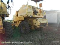 Colheitadeira New holland TC 57 ano de 1998