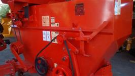 JM 390 G colhedora de milho e cereais