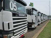 Caminhão  Scania R 420  ano 05