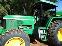 Trator John Deere 6600 4x4 ano 05