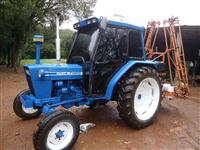 Trator Ford/New Holland 4600 4x2 ano 82