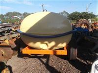 Tanque para transporte de água com bomba