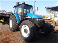 Trator Ford/New Holland TS 110 4x4 ano 04