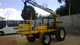 Trator Valtra BM110 4x4 ano 2003 + Implemento Motocana CM 50FL ano 2010 - GRUA