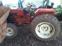 Trator Agrale 4200 4x2 ano 90