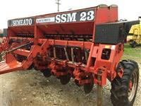 Plantadeira Semeato SSM 23, ano 2004 13 linhas