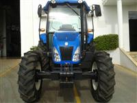 Trator Ford/New Holland TL 75 CABINADO 4x4 ano 13