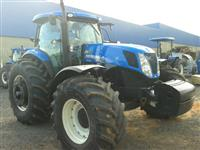 Trator Ford/New Holland T 7-245 cana 4x4 ano 14