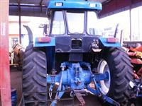 Trator Ford/New Holland 6600 4x2 ano