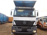 Caminhão  Mercedes Benz (MB) 3340 Plataforma  ano 09