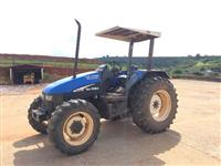 Trator Ford/New Holland TL65 E 4x4 ano 02
