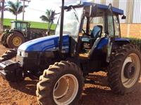 Trator Ford/New Holland TL 95 4x4 ano 13