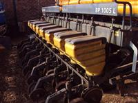 Plantadeira Valtra Hi Tech BP 1005 L (8 Linhas - Ótimo Estado!)