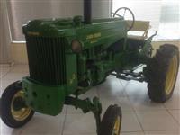 Trator John Deere 40-S (Todo Restaurado na Concessionaria!) 4x2 ano 54