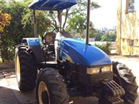 Trator Ford/New Holland TL 75 E (Único Dono!) 4x4 ano 10