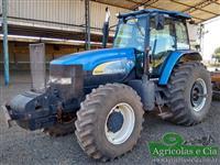 Trator Ford/New Holland TM 7040 (Todo Revisado - Ótimo Estado!) 4x4 ano 09
