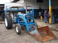 Trator Ford/New Holland 4600 4x2 ano 76